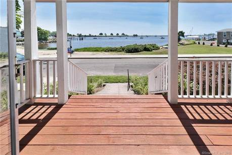 Single Family Home Sold in Bridgeport CT 06605. Old colonial house near beach side waterfront with 1 car garage.