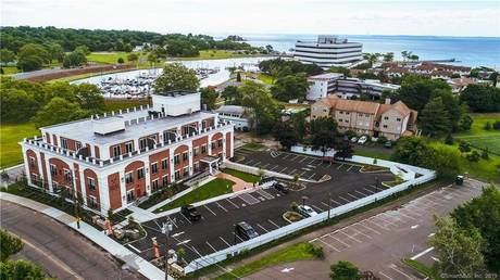 Residential Property For Rent in Stamford CT 06902.  house near waterfront.