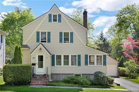 Single Family Home Sold in Greenwich CT 06807. Old colonial house near waterfront with 2 car garage.