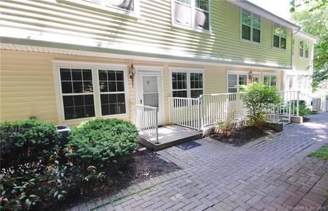 Condo Home Sold in Ridgefield CT 06877.  townhouse near waterfront with 2 car garage.