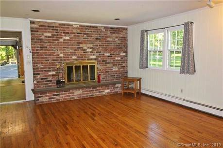 Residential Property Rented in Weston CT 06883. Ranch house near beach side waterfront with 1 car garage.