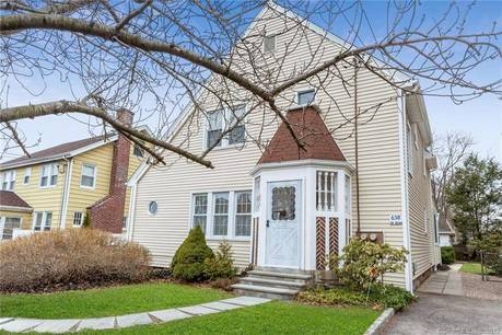 Single Family Home Sold in Stamford CT 06905. Old colonial house near waterfront with 7 car garage.