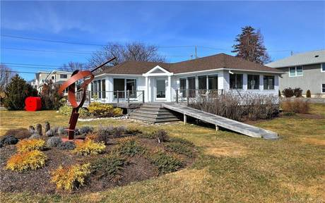 Single Family Home For Sale in Stratford CT 06615. Ranch bungalow house near beach side waterfront.
