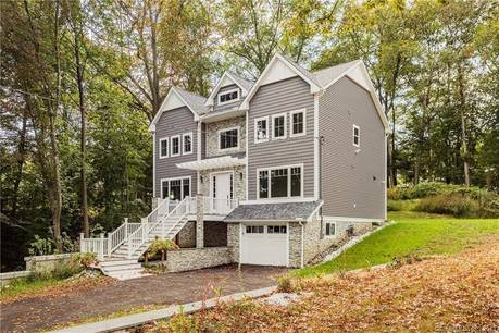 Single Family Home Sold in Trumbull CT 06611. Contemporary, colonial house near river side waterfront with 2 car garage.