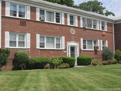 Condo Home Sold in Stamford CT 06906. Ranch house near waterfront.