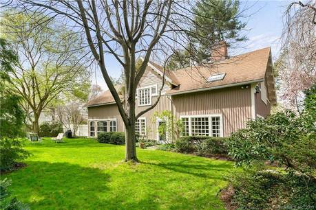 Single Family Home Sold in Fairfield CT 06824. Old colonial cottage house near beach side waterfront with 2 car garage.