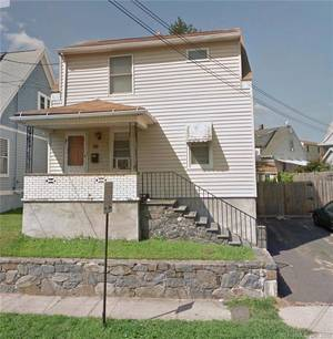 Single Family Home Sold in Bridgeport CT 06606. Old colonial house near waterfront.