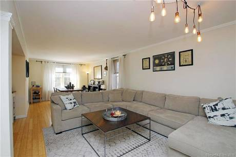Condo Home Sold in Stamford CT 06905.  house near waterfront.