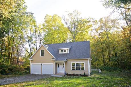 Single Family Home Sold in Norwalk CT 06880. Colonial house near beach side waterfront with 2 car garage.