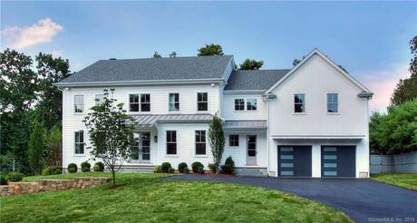 Luxury Single Family Home Sold in Westport CT 06880. Colonial farm house near beach side waterfront with 2 car garage.