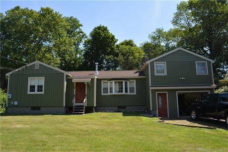 Single Family Home Sold in Ridgefield CT 06877. Ranch house near waterfront with 1 car garage.