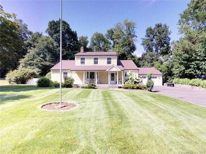 Single Family Home Sold in Norwalk CT 06851. Colonial cape cod house near waterfront with swimming pool and 2 car garage.