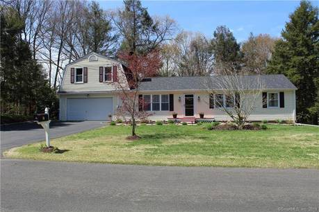 Single Family Home Sold in Shelton CT 06484. Ranch house near river side waterfront with 2 car garage.