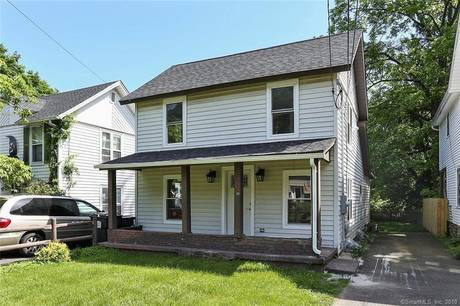 Single Family Home Sold in Bethel CT 06801. Old colonial, antique house near waterfront.