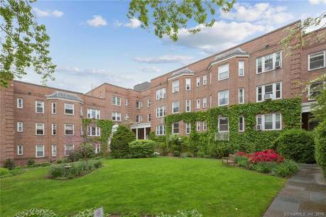 Condo Home Sold in Stamford CT 06902. Old  house near waterfront with 1 car garage.