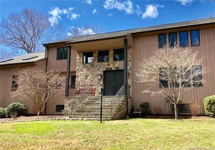 Single Family Home Sold in Stamford CT 06903. Contemporary house near waterfront with swimming pool and 3 car garage.