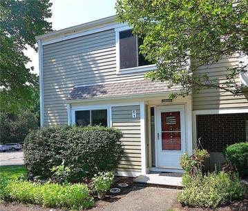 Condo Home Sold in Norwalk CT 06851.  townhouse near waterfront with swimming pool and 1 car garage.