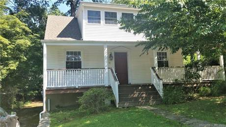 Single Family Home Sold in Stamford CT 06907.  farm house near waterfront with 1 car garage.