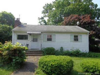 Foreclosure: Single Family Home Sold in Norwalk CT 06850. Old ranch house near waterfront.