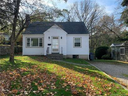 Single Family Home Sold in Norwalk CT 06851.  cape cod house near beach side waterfront.