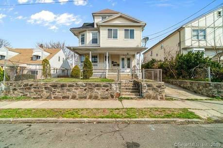 Foreclosure: Multi Family Home Sold in Bridgeport CT 06610. Old  house near waterfront.