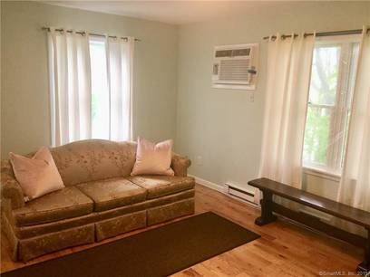 Condo Home Sold in Norwalk CT 06854. Ranch house near waterfront with 2 car garage.
