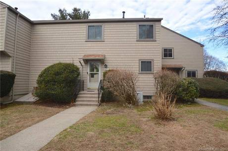 Condo Home For Sale in Stratford CT 06614.  townhouse near beach side waterfront with swimming pool.