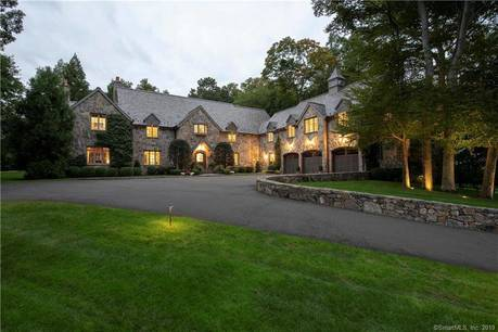Luxury Mansion Sold in Darien CT 06820. Big colonial house near waterfront with 3 car garage.