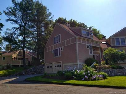 Condo Home Sold in Danbury CT 06804.  townhouse near waterfront with swimming pool and 2 car garage.