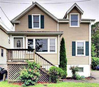 Foreclosure: Single Family Home Sold in Stratford CT 06615. Old  cape cod house near waterfront with 1 car garage.