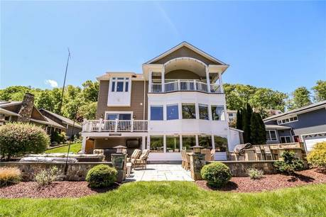 Single Family Home Sold in Brookfield CT 06804. Contemporary, colonial house near beach side waterfront with 2 car garage.
