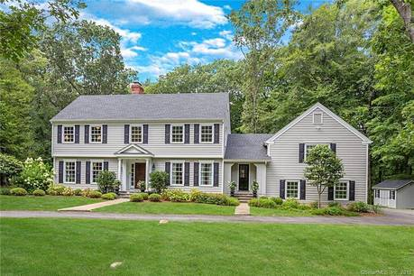 Single Family Home For Sale in New Canaan CT 06840. Colonial house near waterfront with 2 car garage.