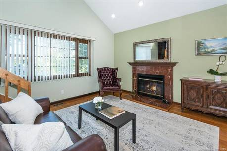 Single Family Home Sold in Darien CT 06820. Colonial house near waterfront with 1 car garage.