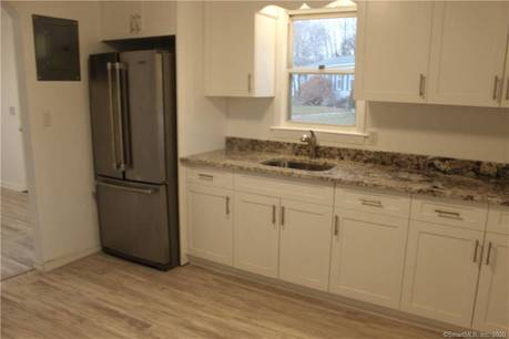 Multi Family Home For Rent in Fairfield CT 06825.  house near waterfront.