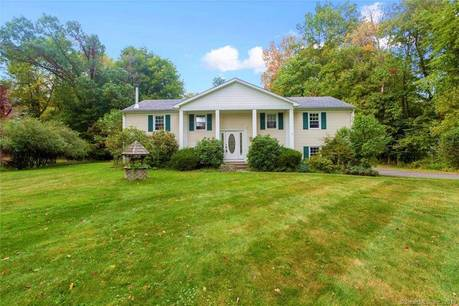 Single Family Home Sold in Bethel CT 06801. Ranch house near waterfront with swimming pool and 2 car garage.