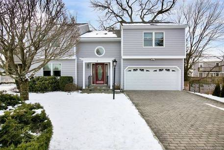 Single Family Home Sold in Norwalk CT 06851. Ranch, colonial house near beach side waterfront with 2 car garage.