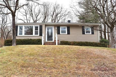 Single Family Home Sold in Bethel CT 06801. Ranch house near waterfront.