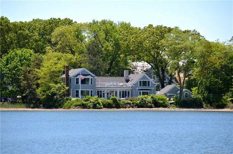 Luxury Single Family Home Sold in Norwalk CT 06853.  house near beach side waterfront with 2 car garage.
