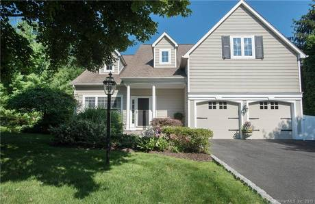 Condo Home Sold in Norwalk CT 06850.  house near waterfront with 2 car garage.