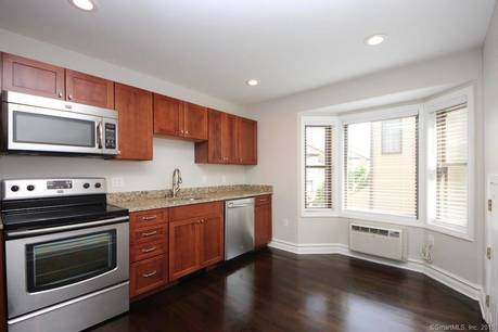 Condo Home Sold in Norwalk CT 06850.  townhouse near beach side waterfront with 1 car garage.