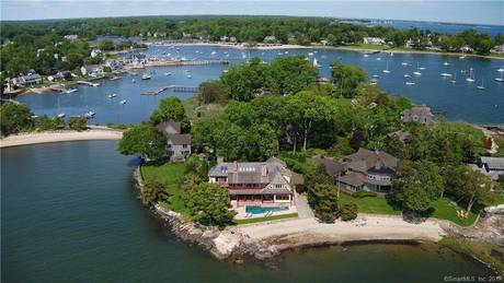 Luxury Single Family Home For Sale in Darien CT 06820. Colonial house near waterfront with swimming pool and 2 car garage.