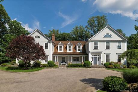 Luxury Mansion Sold in Darien CT 06820. Big colonial house near beach side waterfront with swimming pool and 4 car garage.
