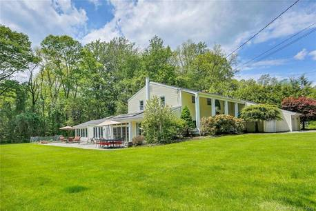 Single Family Home Sold in Westport CT 06880. Ranch house near waterfront with 3 car garage.