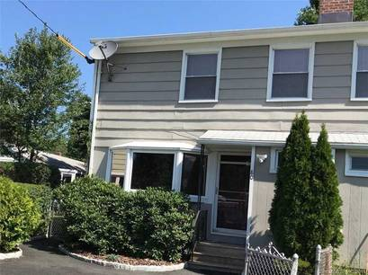Cooperative Home Sold in Stratford CT 06614.  townhouse near waterfront.