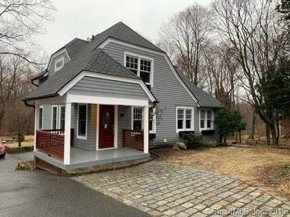 Single Family Home Sold in Norwalk CT 06851. Old colonial cape cod house near beach side waterfront with 3 car garage.