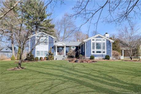 Single Family Home Sold in Fairfield CT 06825. Contemporary house near beach side waterfront with 2 car garage.