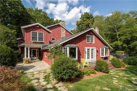 Single Family Home Sold in Wilton CT 06897. Old colonial farm house near waterfront.