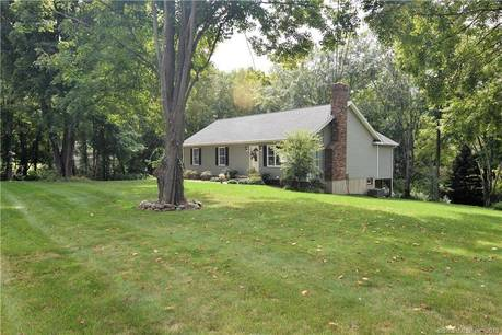 Single Family Home Sold in Newtown CT 06482. Ranch house near river side waterfront with 2 car garage.