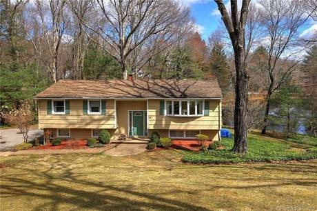 Single Family Home Sold in Monroe CT 06468. Ranch house near lake side waterfront with 2 car garage.
