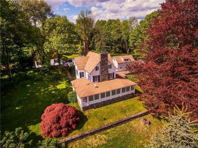 Single Family Home Sold in Newtown CT 06470. Old colonial, antique house near waterfront with 3 car garage.